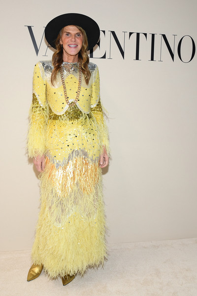 Valentino : Front Row - Paris Fashion Week Womenswear Fall/Winter 2020/2021 [clothing,yellow,fashion,fashion model,outerwear,fashion design,dress,formal wear,costume,haute couture,valentino,anna dello russo,front row,part,paris,france,paris fashion week womenswear fall,show,haute couture,fashion,fashion show,supermodel,runway,model,valentino,yellow,socialite]