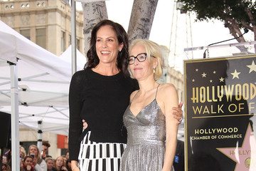 Annabeth Gish Gillian Anderson Honored With Star on the Hollywood Walk of Fame