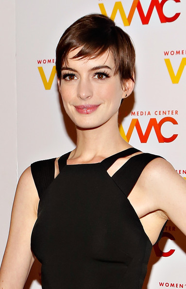 Anne Hathaway - 2012 Women's Media Awards - Arrivals