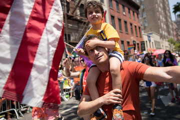 Anthony Weiner Hillary Clinton Visits Landmark Stonewall Inn, Marches in Gay Pride Parade
