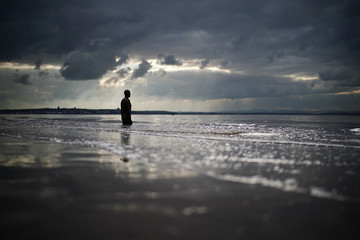 Antony Gormley Daily UK Life