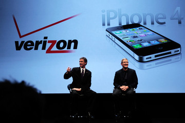 Dan Mead Apple iPhone Becomes Available Through Verizon Wireless