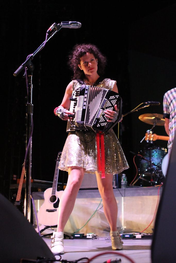 Regine chassagne in arcade fire in concert at madison square garden zimbio for Arcade fire madison square garden