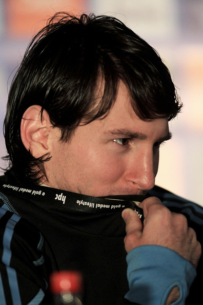 wallpaper lionel messi 2010. lionel messi wallpaper hd.