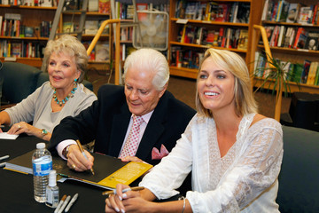 Arianne Zucker Bill Hayes 'Days of Our Lives' Book Signing
