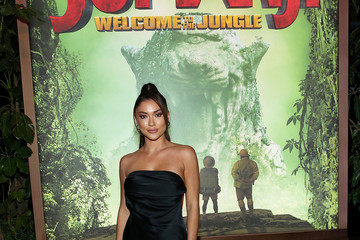 Arianny Celeste Premiere of Columbia Pictures' 'Jumanji: Welcome to the Jungle' - Red Carpet