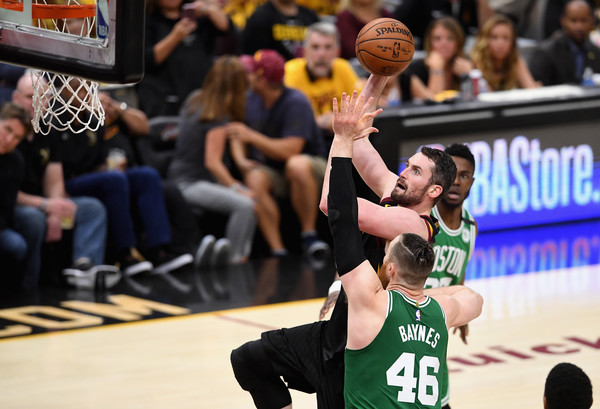 Aron Baynes Photos - 27 of 428