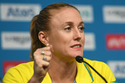 Sally Pearson of Australia describes her injury during a press conference as she withdraws from the the games due to injury  on day one of the Gold Coast 2018 Commonwealth Games at Gold Coast Convention and Exhibition Centre on April 5, 2018 on the Gold Coast, Australia.
