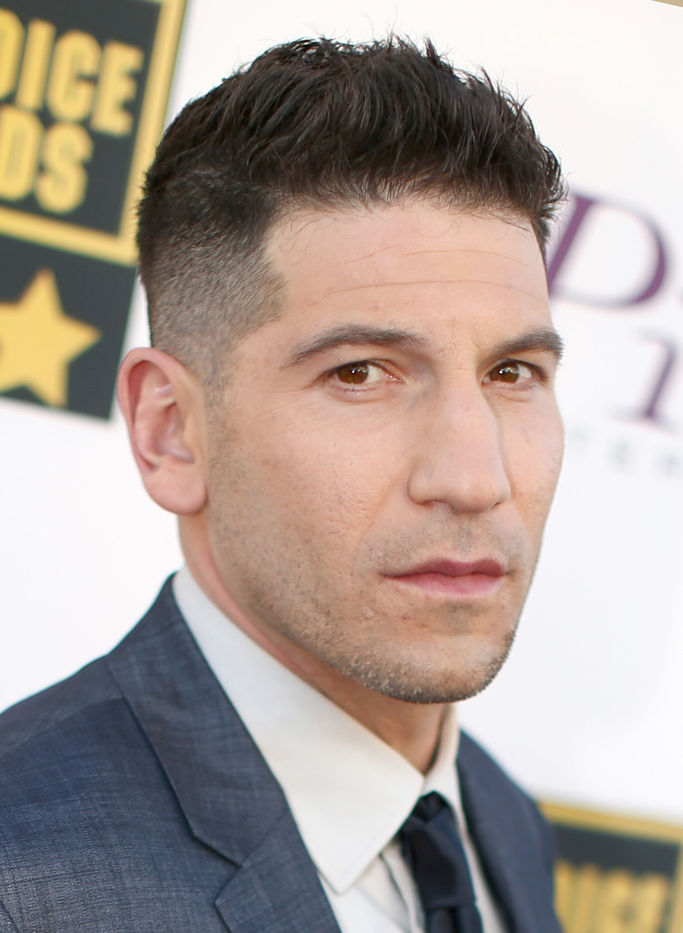 Jon Bernthal In Arrivals At The Critics Choice Awards