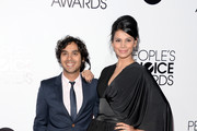 Kunal Nayyar and Neha Kapur - The Hottest Couples at the 2014 People's Choice Awards
