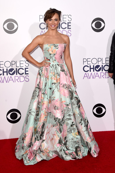 dancer Karina Smirnoff attends The 41st Annual People's Choice Awards