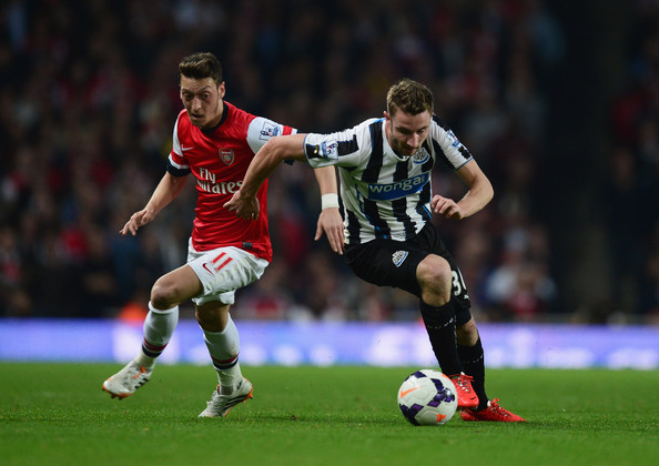 Arsenal Vs Newcastle: Paul Dummett In Arsenal V Newcastle United