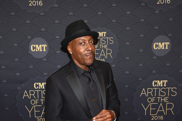 Arsenio Hall CMT Artist of the Year - Red Carpet
