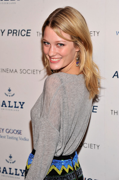 ashley hinshaw instagram