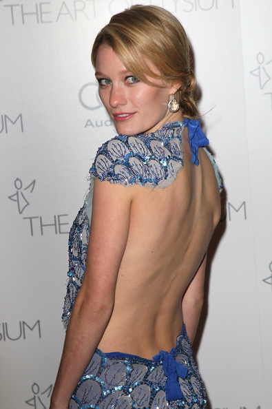 ashley hinshaw wdwashley hinshaw wdw, ashley hinshaw gossip girl, ashley hinshaw wikipedia, ashley hinshaw lol, ashley hinshaw, ashley hinshaw actress, ashley hinshaw true blood, ashley hinshaw instagram, ashley hinshaw movies, ashley hinshaw topher grace, ashley hinshaw true detective