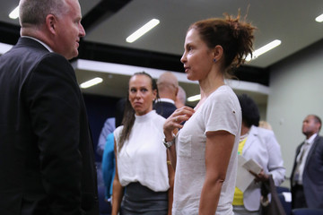 Ashley Judd Obama Gives Speech to Criminal Justice Activists and Community Leaders
