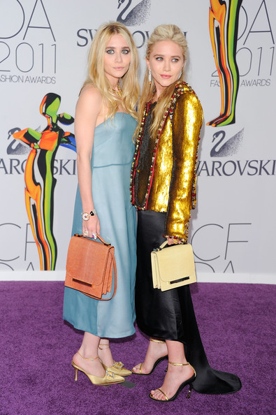 Ashley Olsen Designers Ashley Olsen (L) and Mary-Kate Olsen attend the 2011 CFDA Fashion Awards at Alice Tully Hall, Lincoln Center on June 6, 2011 in New York City.