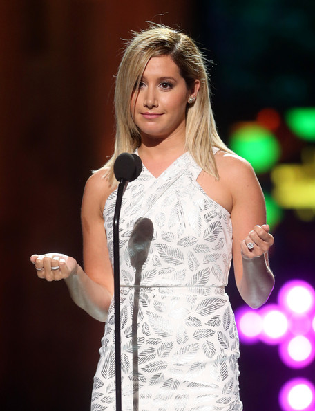 Ashley Tisdale[3] - Page 37 Ashley+Tisdale+2014+Young+Hollywood+Awards+2AMi_MEYWjFl