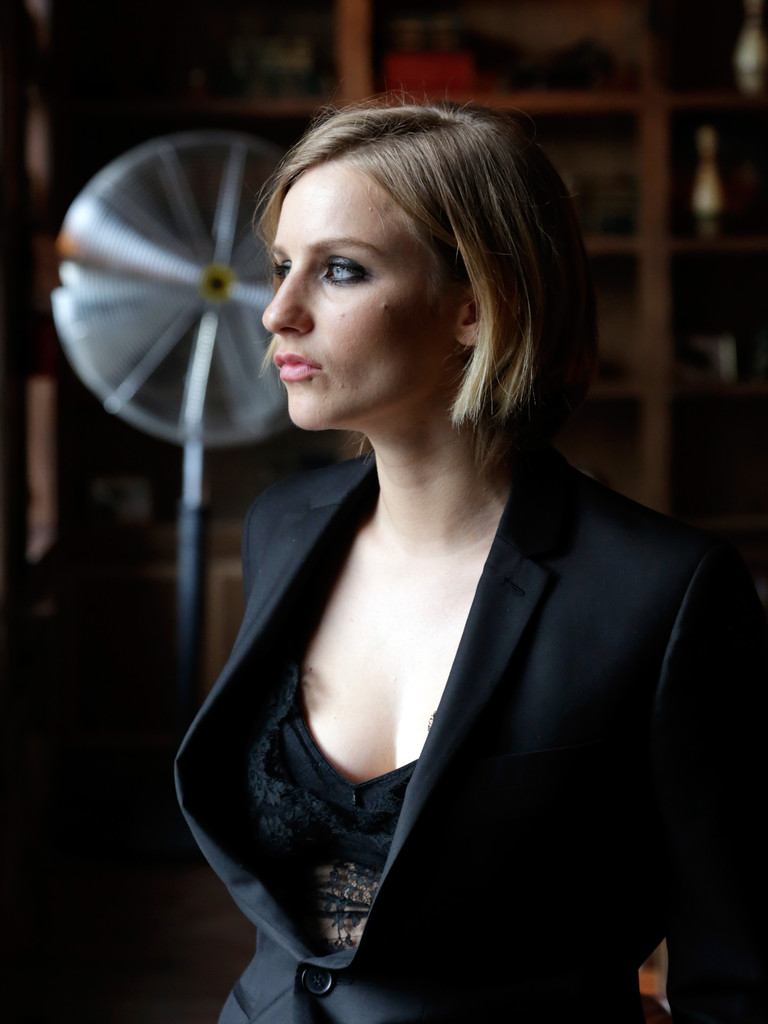 faye marsay height