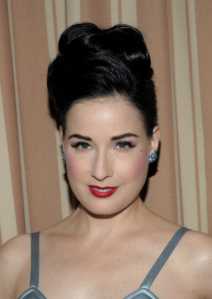 Dita Von Teese Audi+Golden+Globes+Celebration+Nominee+Anna+L93AwndaBRCl