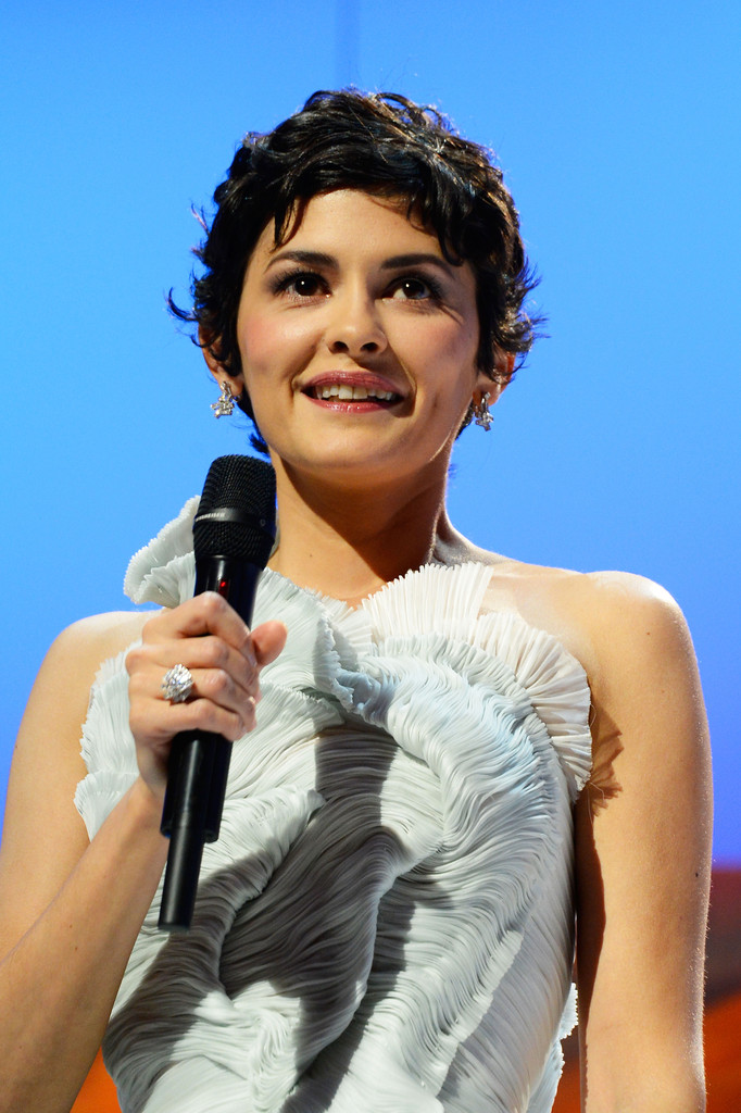 http://www2.pictures.zimbio.com/gi/Audrey+Tautou+Opening+Ceremony+66th+Annual+x0-dqgTN0wHx.jpg