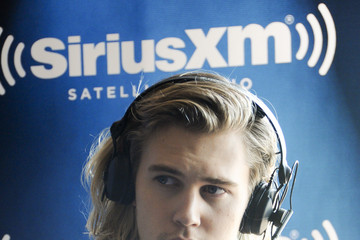 Austin Butler SiriusXM's Entertainment Weekly Radio Channel Broadcasts From Comic-Con 2015