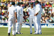 HAsim Amla, AB De Villiers, Imran Tahir and Graeme Smith of South Africa discuss bowling plans during day three of the Second Test Match between Australia and South Africa at Adelaide Oval on November 24, 2012 in Adelaide, Australia.