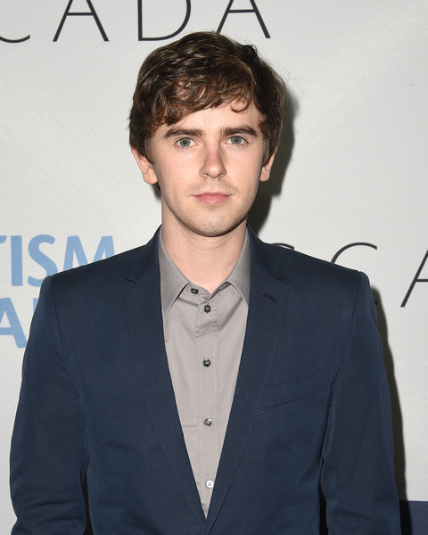 freddie highmore - photo #32