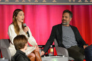 Mark Ruffalo Elizabeth Olsen Photos Photo