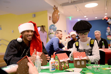 Avery Bradley Celtics Visit Boston Children's Hospital for Crafting and Caroling with Patients