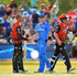 Ashton Agar Photos - (L-R) Ashton Agar of the Perth Scorchers shakes hands with Peter Siddle of the Adelaide Strikers during the Big Bash League match between the Adelaide Strikers and the Perth Scorchers at Traeger Park on January 13, 2018 in Alice Springs, Australia. - BBL - Strikers v Scorchers