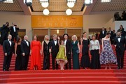 """(From2ndL) US producer Kristie Macosko, US producer Frank Marshall, US producer Kathleen Kennedy, US actress Kate Capshaw, US director Steven Spielberg, US actress Ruby Barnhill, British actor Mark Rylance and his wife British composer Claire van Kampen, British screenwriter Lucy Dahl, British actress Penelope Wilton, British actress Rebecca Hall and New Zealander actor Jemaine Clement pose on May 14, 2016 as they arrive for the screening of the film """"The BFG"""" at the 69th Cannes Film Festival in Cannes, southern France.  / AFP / LOIC VENANCE"""