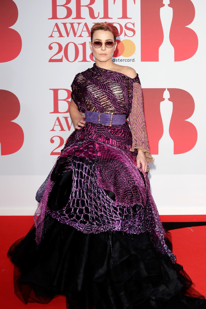 http://www2.pictures.zimbio.com/gi/BRIT+Awards+2018+Red+Carpet+Arrivals+329Q_Toz1sSx.jpg