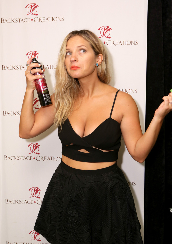 Vanessa Ray Photos Photos Backstage Creations Retreat At