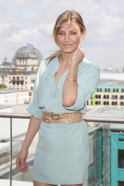 Actress Cameron Diaz attends the 'Bad Teacher' Germany photocall at the Adlon Hotel roof terrace on June 17, 2011 in Berlin, Germany.