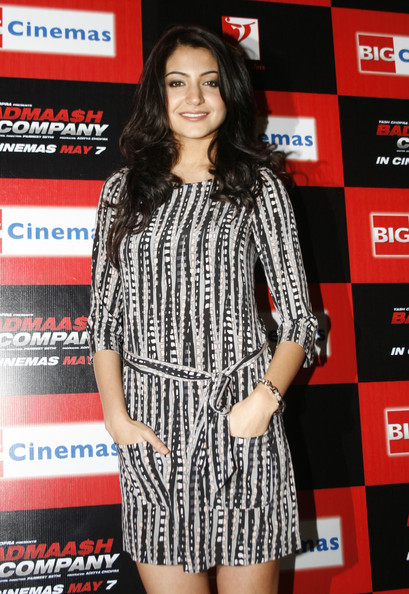 anushka sharma hot pics from badmash company. anushka sharma hot pics in