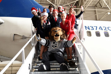 Bailey Delta Air Lines Hosts Sixth Annual Holiday Flight to the North Pole for 150 Kids From Children's Hospital Los Angeles and P.S. ARTS at LAX