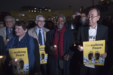 Ban Ki-moon The Elders Take Part in London's Walk Together Event in Memory of Nelson Mandela
