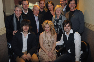 Scott Borchetta Kimberly Perry The Band Perry In Concert At The Ryman Auditorium