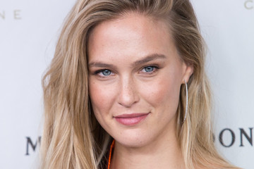 Bar Refaeli Bar Refaeli and Moet & Chandon Celebrates New Year's Eve