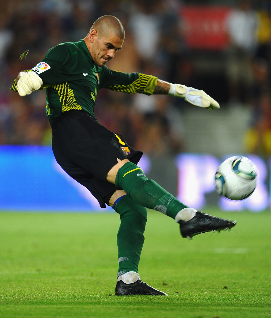 Victor Valdes s s Barcelona v Real Madrid Super Cup