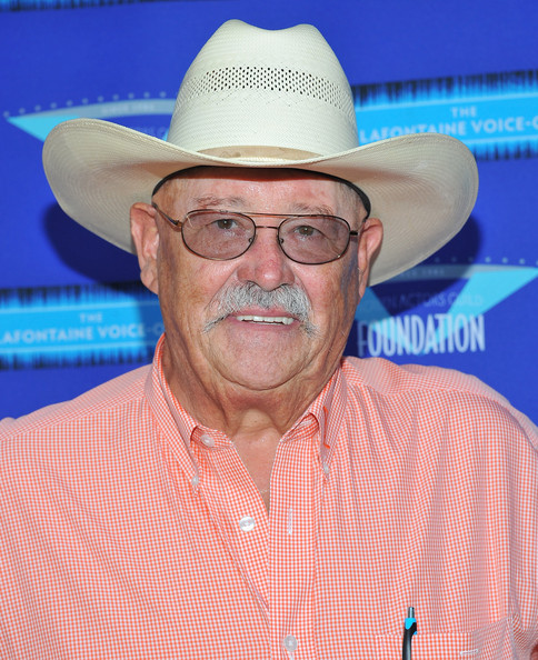 Barry Corbin Net Worth