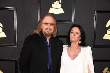 Barry Gibb The 59th GRAMMY Awards - Arrivals