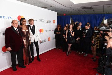 Barry Manilow Clive Davis Grammy Salute To Industry Icons Honoring Jay-Z - Arrivals