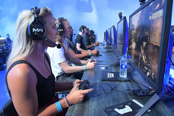 Becky Sauerbrunn NBA And USWNT Stars Battle Each Other With Debut Of New Call Of Duty: Modern Warfare Multiplayer Mode