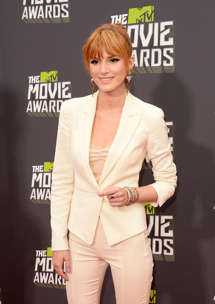 مـهـرجــــان 2013 Movie Awards Bella Thorne 2013 MTV Movie Awards Arrivals 147upKHauzJx.jpg