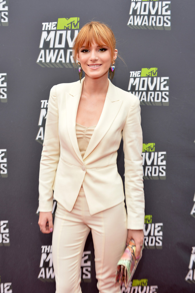 مـهـرجــــان 2013 Movie Awards Bella Thorne 2013 MTV Movie Awards Red Carpet iAoczo-Qmhrx.jpg