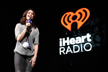 Bellamy Young iHeart80s Party 2017 - Show