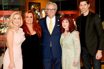 Ben Aaron Country Music Hall Of Fame And Museum Debuts New Exhibition, The Judds: Dream Chasers