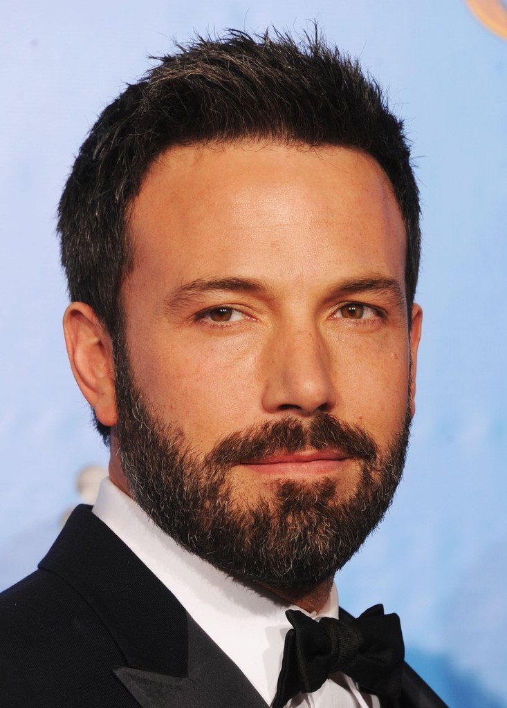 http://www2.pictures.zimbio.com/gi/Ben+Affleck+70th+Annual+Golden+Globe+Awards+GM-5sOLHuoFx.jpg